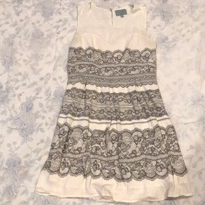 Lace Print dress by Skies are Blue